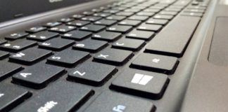 Największym zagrożeniem w sieci jest...